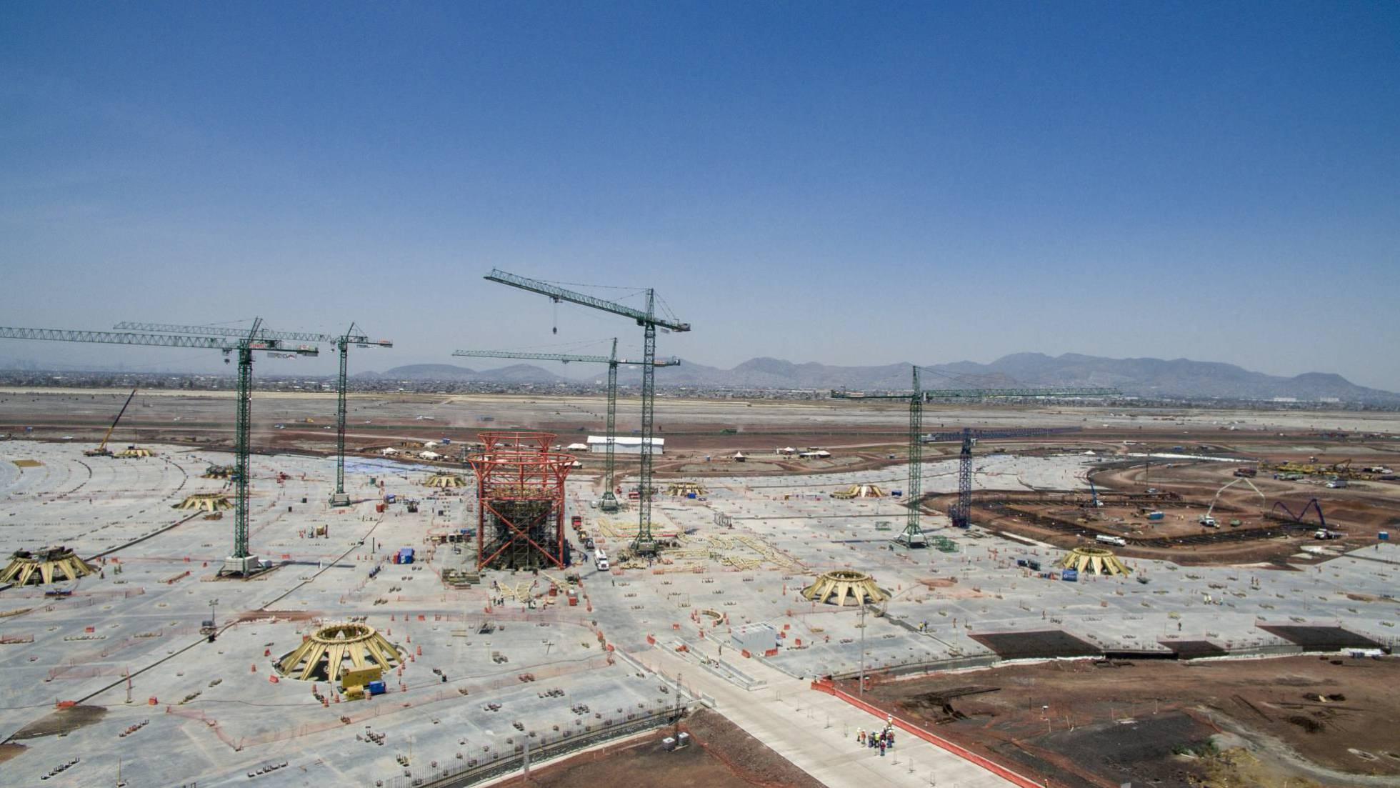 Vista aérea de la construcción del aeropuerto, en abril de 2018.