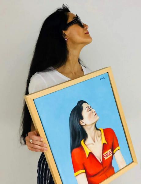 Avelina Lepser autonominada critica  de arte