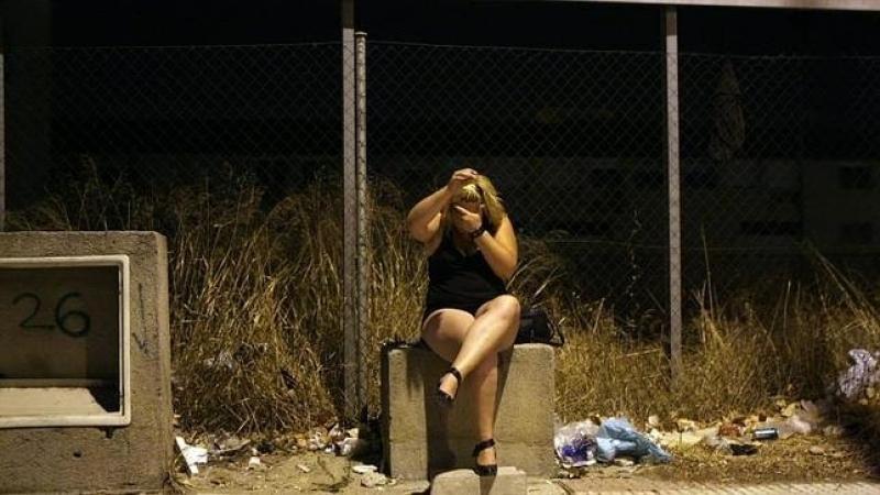 cinta de sexo prostituta callejera tetas pequeñas en Getafe